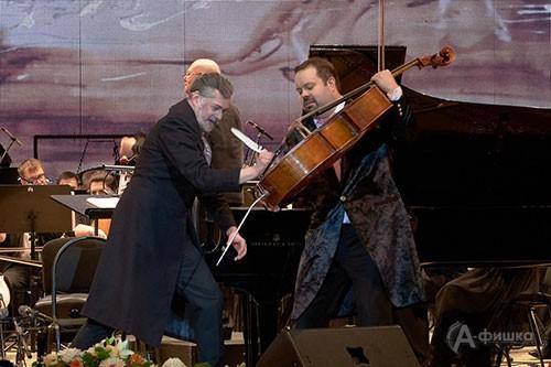 Фрагмент Iijnltktybz концерта открытия фестиваля BelgorodMusicFest «Борислав Струлёв и друзья»